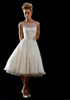 Oh Em Gee! I don't care if this is intended as a wedding dress. It is beautiful and I want, nay, NEED it!