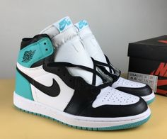 meet 28f0d 42cf5 Air Jordan 1 Retro High OG NRG Igloo White Igloo-Black For Sale, Dressed in  a White, Igloo, and Black color scheme. This Air Jordan 1 features a Black  Toe ...