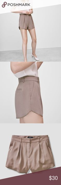 Grey Babaton Antoine shorts size 0 Ladylike high-waisted grey Babaton shorts. They are a bit too big for me, otherwise wouldn't be getting rid of them. Lightweight, breathable material with loose fit. Aritzia Shorts