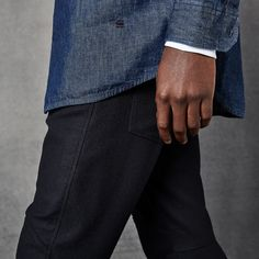 Traditional tailoring and 3D Denim construction merge in the newest edition of the #GStarElwood jeans series.