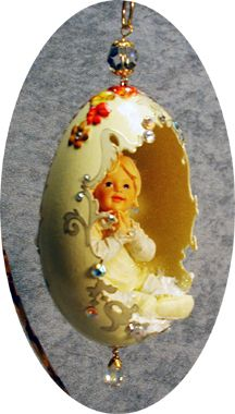 1 million+ Stunning Free Images to Use Anywhere Christmas Balls, Christmas Crafts, Christmas Ornaments, Egg Crafts, Easter Crafts, Art D'oeuf, Types Of Eggs, Egg Shell Art, Carved Eggs