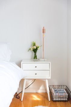 A Light, Bright And Airy Apartment In San Francisco Glitter Guide Home Design, Design Ikea, White Bedroom Furniture, Home Bedroom, Bedroom Decor, Bedrooms, Bedroom Ideas, Headboard Ideas, Girls Bedroom