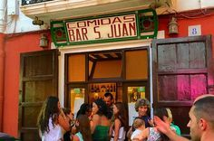 Ibiza wordt steeds drukker en massaler maar dit zijn onze top 5 tips op Ibiza van de mooiste plekjes, de hidden gems...