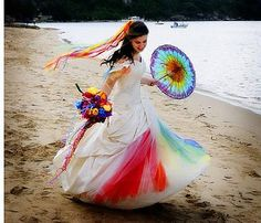 dress with rainbow colored tulle petticoats... so pretty!