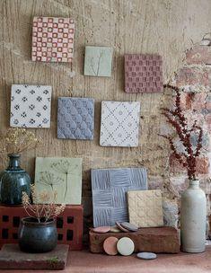 DIY Déco- faire des carreaux d'argile pour décorer les murs - des empreintes dans de l'argile - Marie Claire Idées