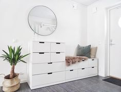 Monday and the hall got a mirror ! Room Design Bedroom, Room Ideas Bedroom, Home Decor Bedroom, Flur Design, Dressing Room Design, Aesthetic Room Decor, Bedroom Storage, Home Decor Furniture, New Room