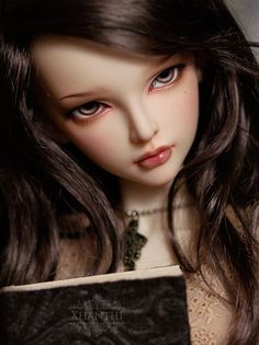 Jointed Love: F60 Mirwen Gets a Faceup