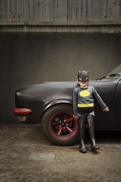 Been thinking of best background for Batman shoot, I like the alley look and pseudo batmobile