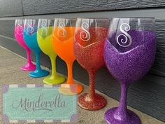 DIY: How to glitter a wine glass - YouTube