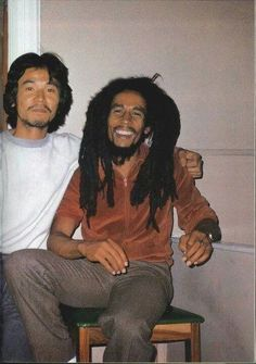 manprietopaz shared a photo from Flipboard Bob Marley Legend, Reggae Bob Marley, Bob Marley Pictures, Marley Family, Marley And Me, Jah Rastafari, Damian Marley, Robert Nesta, Nesta Marley