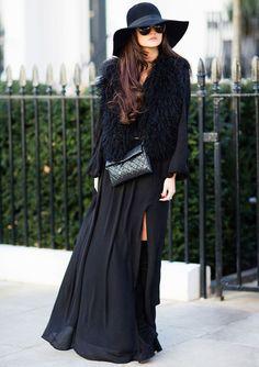 street-style-look-colete-fake-fur-e-vestido