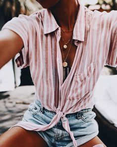 Outfits, cruise outfits, vintage summer outfits, spring summer fashion, c. Vintage Summer Outfits, Spring Outfits, Look Fashion, Fashion Outfits, 90s Fashion, Street Fashion, Cool Outfits, Casual Outfits, Cool Summer Outfits