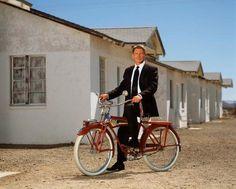 Harrison Ford en bici.