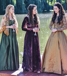 Though, VERY period inaccurate(most of it)....the wardrobe in this show is FANTASTIC.