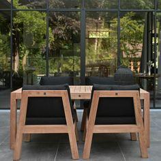 LEEM WONEN bezocht de nieuwe showroom van Royal Design, waar de outdoor meubelen nog meer de ruimte kregen! Kijk en lees je mee?