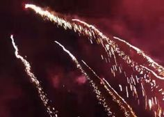 Video (4 min 7 sec) : A drone flies through fireworks (clip on site page) - Jos Stiglingh captured this stunning video with a GoPro Hero 3 Silver, showing the view from a DJI Phantom 2 quadcopter flying in and above a fireworks display in West Palm Beach, Florida