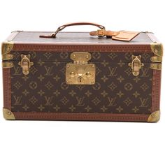 What Goes Around Comes Around Louis Vuitton Monogram Vanity Trunk - Lv... (€3.715) ❤ liked on Polyvore featuring home, home decor, small item storage, bags, luggage, fillers, decor, louis vuitton, luggage tags and monogrammed luggage tags