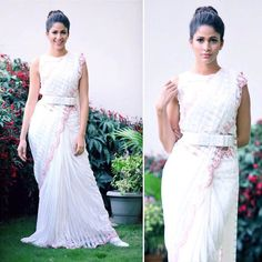 These days, any Indian wedding wear is incomplete without a belt. A lot of brides these days get it stitched from their designer along with their blouses. Embroidered belts, leather belts, metal be. Indian Wedding Wear, Indian Wear, Saree With Belt, House Of Blouse, Saree Draping Styles, Wedding Trends, Formal Dresses, Wedding Dresses, Bridal Style