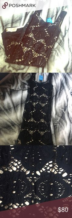 NWT!! FREE PEOPLE NUDE/BLACK LACE DRESS This dress is gorgeous!! Your body will look 🔥🔥🔥! Perfect for a night out, whether it's a date night or friends night. Free People Dresses Mini