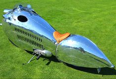 Body: I love the polished and riveted aluminum on Randy Grubb's Decoson