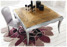 Spettacolare #tavolo quadrato sagomato piano in ciliegio con intarsio. Arredamento di classe per la tua casa.