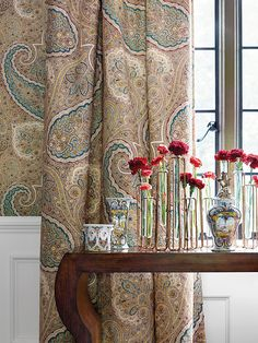 Paisley wallpaper in dinningroom from Thibaut Greenwood Collection via Blue Wallpaper Bedroom, Paisley Wallpaper, Of Wallpaper, Designer Wallpaper, Anna French Wallpaper, Tan Bedding, Paisley Fabric, Furniture Factory, Blue Wallpapers