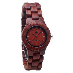 De Lotus is een houten horloge speciaal ontworpen voor vrouwen, gemaakt van de beste kwaliteit rood sandelhout. De ideale toevoeging op je dames outfit!