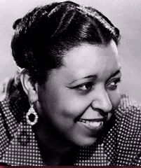 Waters was an American jazz, blues, actress and gospel vocalists. She was the second African-American woman after Hattie McDaniel, to be. Ethel Waters, Hattie Mcdaniel, Black Actresses, People Of Interest, Culture, African American History, Vintage Hairstyles, Black Hairstyles, Hollywood Celebrities