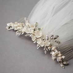 Adele Love, Flower Belt, Bridal Headpieces, Hair Jewelry, Beaded Necklace, Bride, Photo And Video, Beadwork, Beautiful