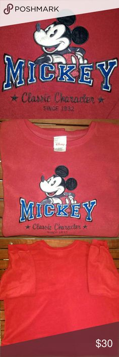 """Unisex Sweatshirt 