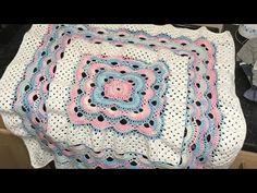 Crochet Virus/granny blanket tutorial - YouTube