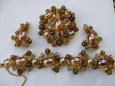 Elsa Schiaparelli Jewelry