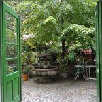Cafe Tobman Garden Bridge, Vienna, Outdoor Structures, Plants, Parisian Chic, Nature, Garten, Flora, Plant