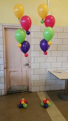 1000 images about balloon bouquets on pinterest balloon for Balloon decoration chicago
