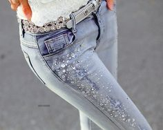Totally want these jeans!