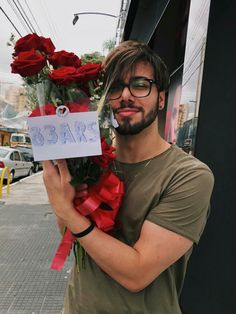 T3ddy lindão Youtubers, Teen Wolf, Beautiful Boys, Famous People, Sexy Men, Ted, Idol, Singer, My Love
