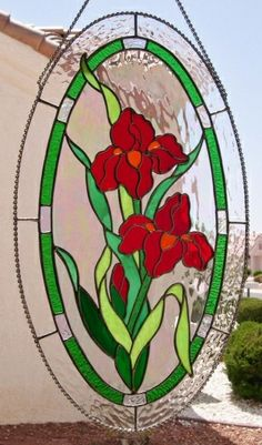 Stained Glass Oval Red Iris Flores.