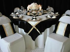 Wedding Tablescape Centerpiece www.tablescapesbydesign.com https://www.facebook.com/pages/Tablescapes-By-Design/129811416695