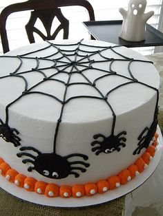 Spider+cake+for+Trey+-+Trey+is+having+his+4th+birthday+&+his+mother+thought+a+Halloween-ish+cake+would+be+super+fun.+Agreed.