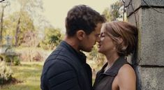 Four and Tris' kiss from the Allegiant Trailer