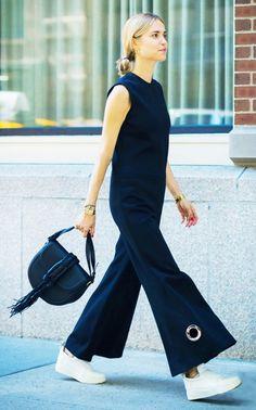 Structured Jumpsuit | All Black | Minimal | Flare Details | White Sneaker| Minimal | HarperandHarley