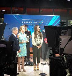 Lauren Daigle Seconds before the Today Show segment went live. Christian Artist, Lauren Daigle, Today Show, Her Music, Revolutionaries, Artists, History, Live, Concert