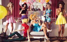 Disney e moda, si possono combinare? Sono molti a pensare che le magliette della Disney e le felpe di Winnie The Pooh appartengono ormai al passato, alla nostra infanzia. Non si può essere al contempo donne e bambine, giusto? Beh, c'è  #moda #disney #shopping #fashion