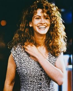 "Julia Roberts (Laura Burney / Sara Waters) in ""Sleeping with the Enemy"" >.""> Julia Roberts (Laura Burney / Sara Waters) in ""Sleeping with the Enemy"" >> I always loved Julia& curls in the ♥. Julia Roberts, Old Celebrities, Celebs, Curly Hair Styles, Natural Hair Styles, 80s Curly Hair, Women's Curling, Erin Brockovich, Facial"