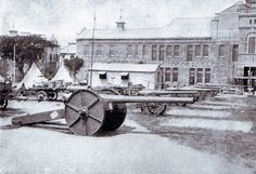 inch naval guns on Captain Percy Scott gun carriages at Durban used by the British at the Battle of Colenso on December 1899 during the Boer War Royal Horse Artillery, King And Country, British Colonial, British Army, African History, Royal Navy, World History, Military History, Battle