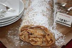 Wiener apfelstrudel Apple Recipes, Pie, Ethnic Recipes, Desserts, Food, Applesauce Recipes, Torte, Cake, Meal