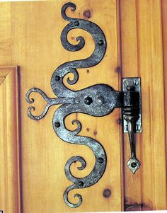 beautiful hinge