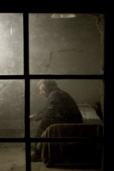 from Stephen Carroll's Through a Glass Darkly blog