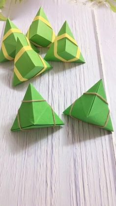 Cool Paper Crafts, Paper Crafts Origami, Creative Crafts, Instruções Origami, Origami Design, Origami Fish, Origami Dragon, How To Origami, Diamond Origami
