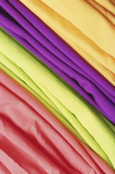 Want to learn how much fabric is needed for a quilt? Improve your knowledge on this and find out more about quilting with Idiot's Guides.